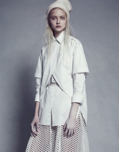 Mackenzie-Nastya-Yue-Ning-Magdalena-Sofie-Joanna-for-i-D-Summer-2013-Paola-Kudacki-2-735x940